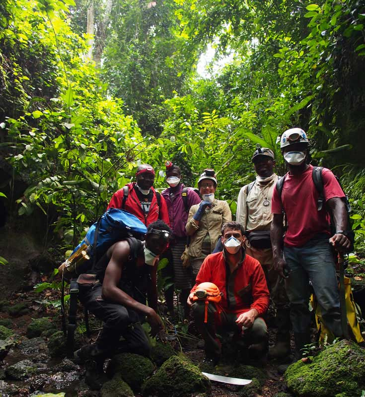 11-equipe-expedition-abanda[1]